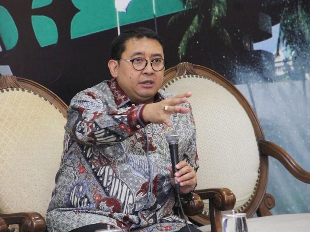Fadli Zon Sindir PSI: Dana Kampanye Prabowo Bukan dari Sawit