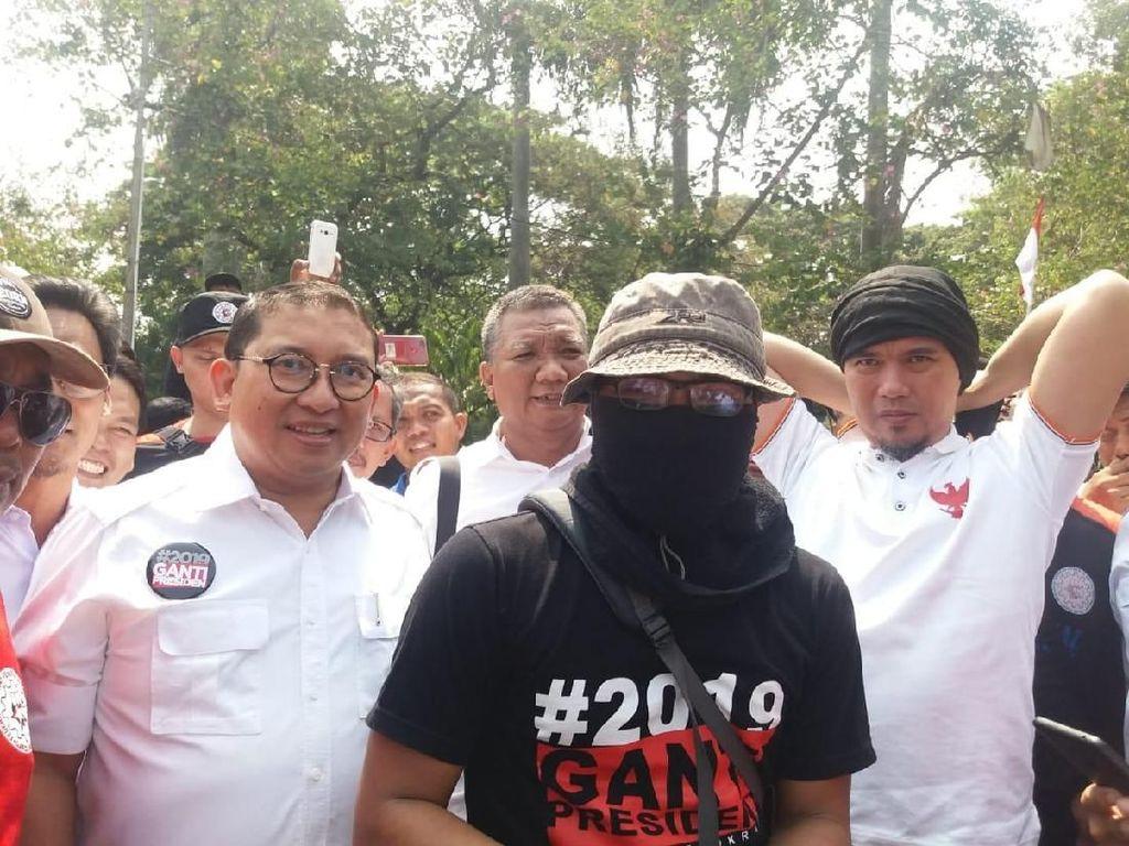 Ikut Kawal Prabowo, Fadli Zon-Ahmad Dhani Gabung Massa di Monas