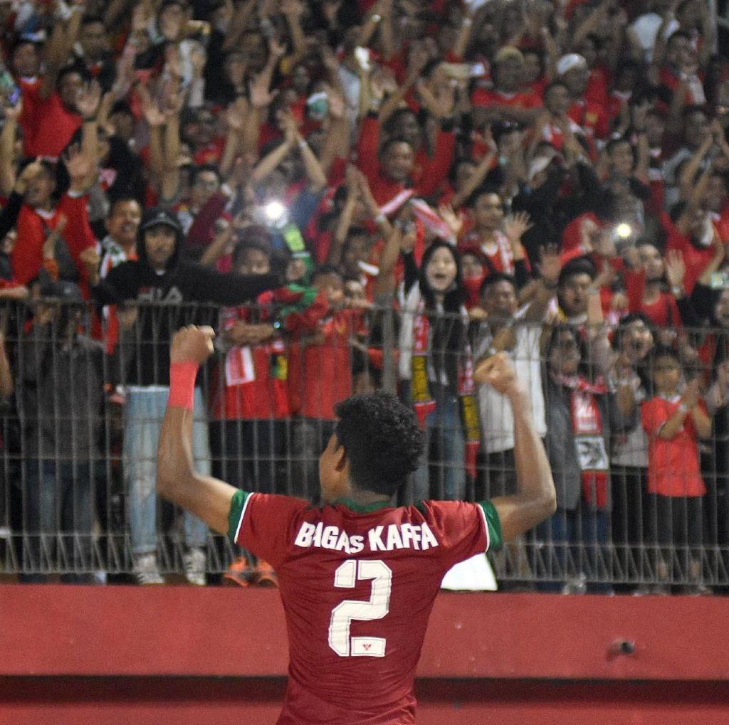 Di Malaysia Bersatu, Suporter Indonesia Justru Brutal di Tanah Air