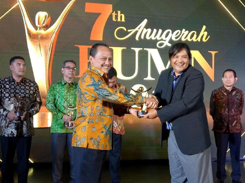 Wika Bangunan Gedung Raih BUMN Award