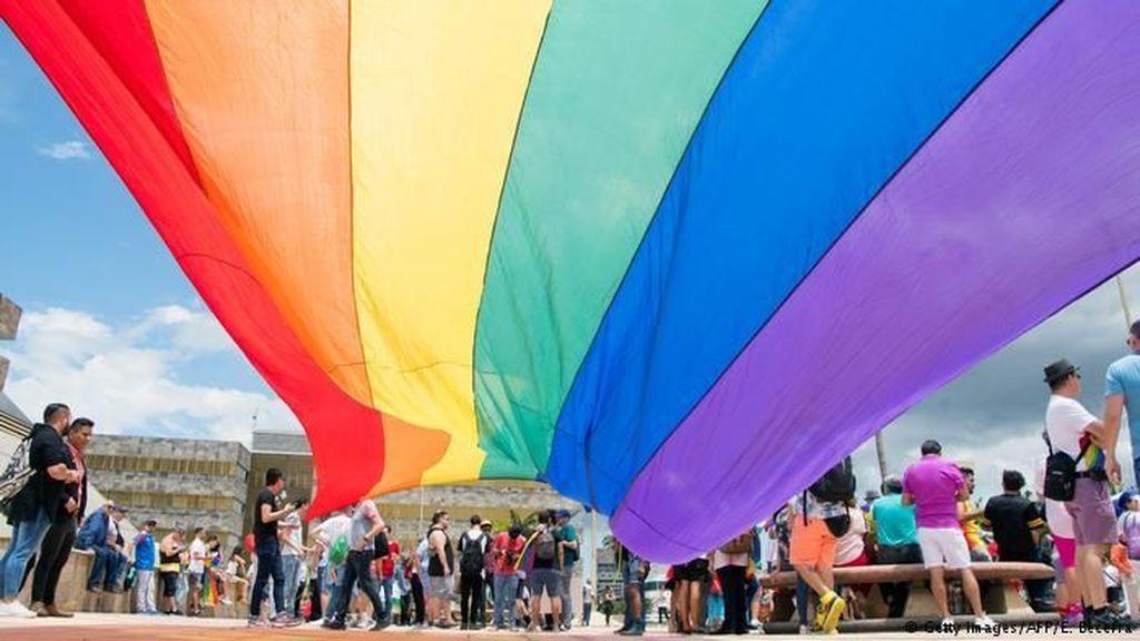 Mahkamah Kosta Rika: UU Larangan Pernikahan Sejenis Inkonstitusional