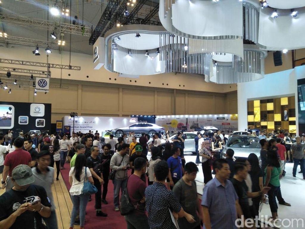Astra Financial Bidik Pembiayaan Kendaraan Rp 1 Triliun Selama GIIAS