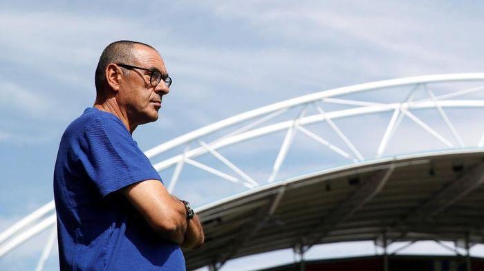 Maurizio Sarri menyebut Liga Europa bikin tim-tim Inggris kesulitan. (Foto: Carl Recine/Action Images via Reuters)