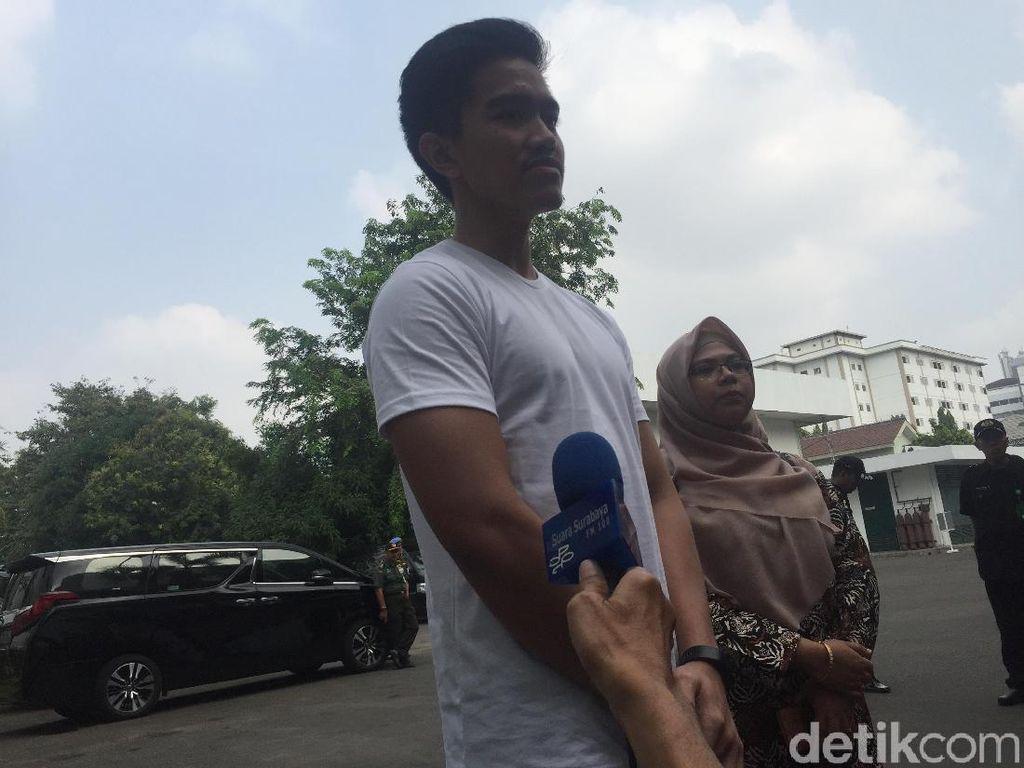 Jokowi Tes Kesehatan di RSPAD, Kaesang: Sarapannya Sang Pisang