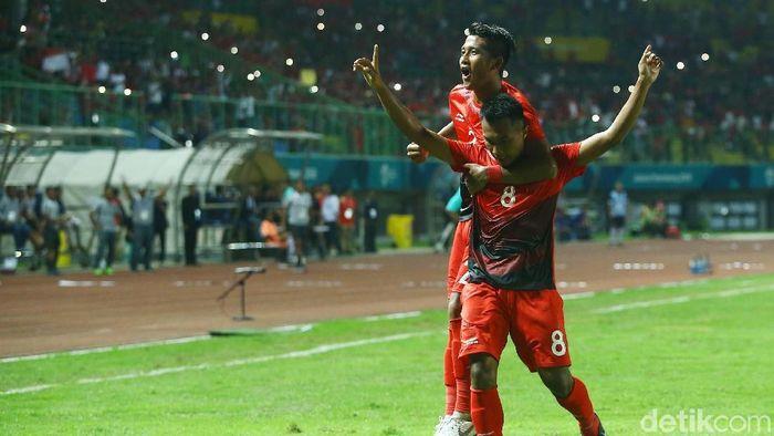 Timnas Indonesia U-23 mendapat dukungan dari warga Palestina jelang bertanding di laga kedua Grup A sepakbola Asian Games 2018. (Foto: Grandyos Zafna/detikcom)