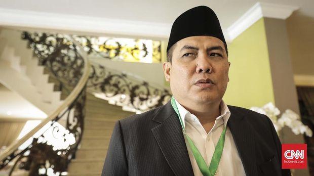 Sekretaris Jenderal PBNU Helmy Faishal Zaini di kediaman dubes Arab Saudi untuk Indonesia, Jakarta (12/8). (CNN Indonesia/ Hesti Rika)