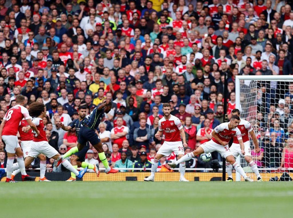Turun Minum, Sterling Bawa City Ungguli Arsenal 1-0