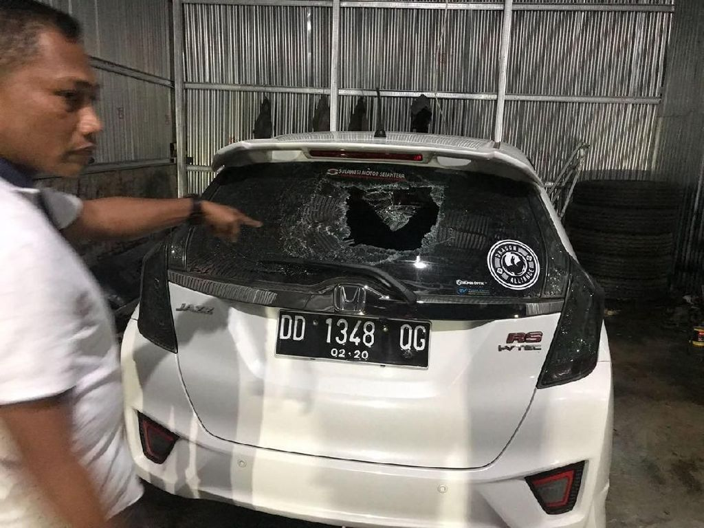 Kesal Ditagih Cicilan Motor, Buruh di Makassar Rusak Mobil Warga