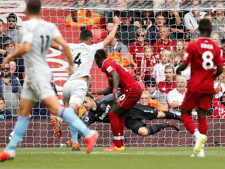Liverpool Gasak West Ham 4-0