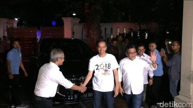 Jokowi Hadiri Rapat Bareng Sekjen Koalisi di Posko Cemara