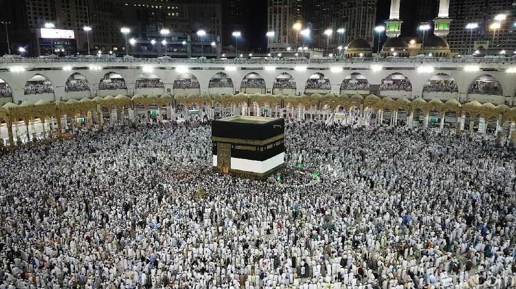 Jemaah Haji Padati Masjidil Haram