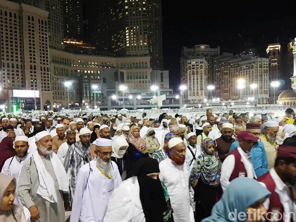 Biro Umroh Sebut Jemaah Asal Indonesia Dapat Perlakuan Khusus ke Mekah