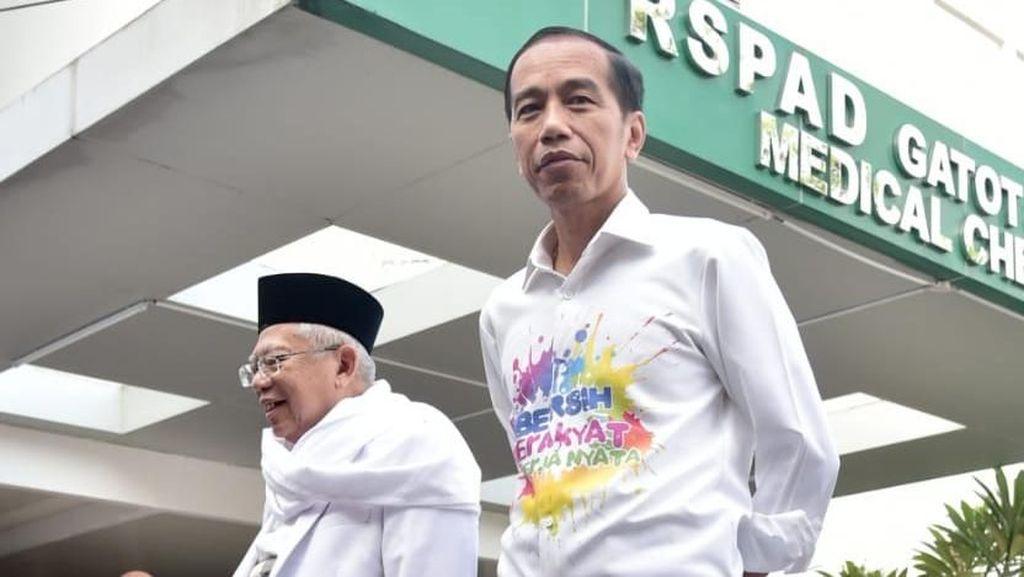 2 Gaya Berbeda Jokowi Saat Tes Kesehatan di RSPAD