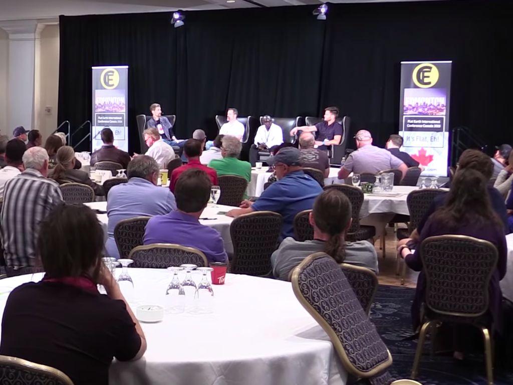Mengintip Konferensi Penganut Bumi Datar di Kanada