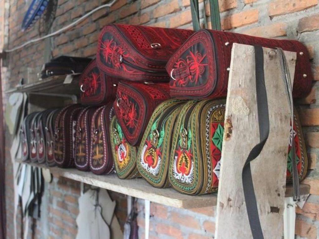 Suvenir Tas Cantik Aceh Dibuat di Sini