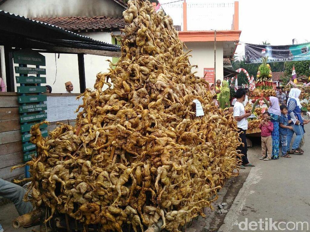 Sambut HUT RI, Ribuan Ayam Panggang Tumpah di Purworejo