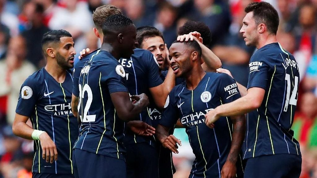 Manchester City Permalukan Arsenal
