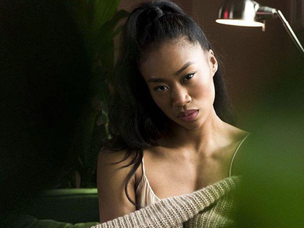 Jennie Pegouskie, Model Shape of You yang Memang In Shape Banget