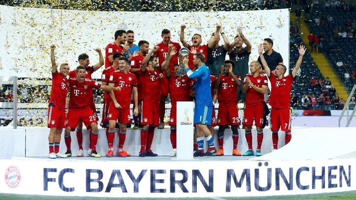 Bayern Munich hat-trick juara Piala Super Jerman (Foto: Ralph Orlowski/Reuters)