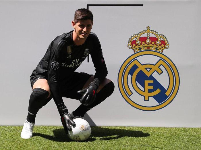 Kepindahan Courtois ke Real Madrid menyakiti pemain Atletico Madrid (REUTERS/Sergio Perez)