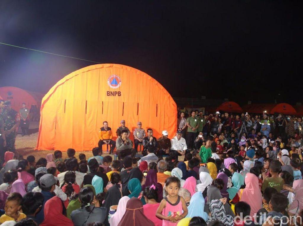 Jokowi: 1-3 Desa Dekat Puncak Rinjani Masih Terisolasi
