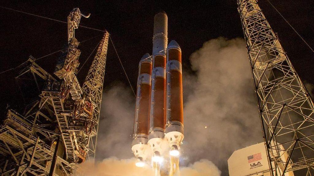 Potret Peluncuran Pesawat Penjelajah Matahari