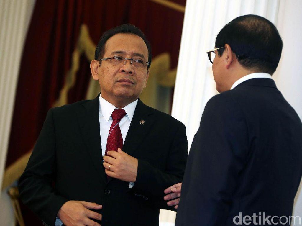 Mensesneg: Jokowi Hargai Proses Hukum di MK, Perppu KPK Itu Urusan Lain