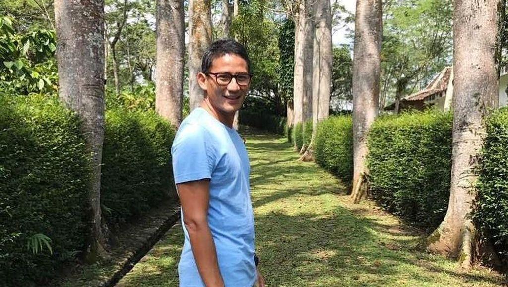 Foto: Gaya Traveling Sandiaga Uno
