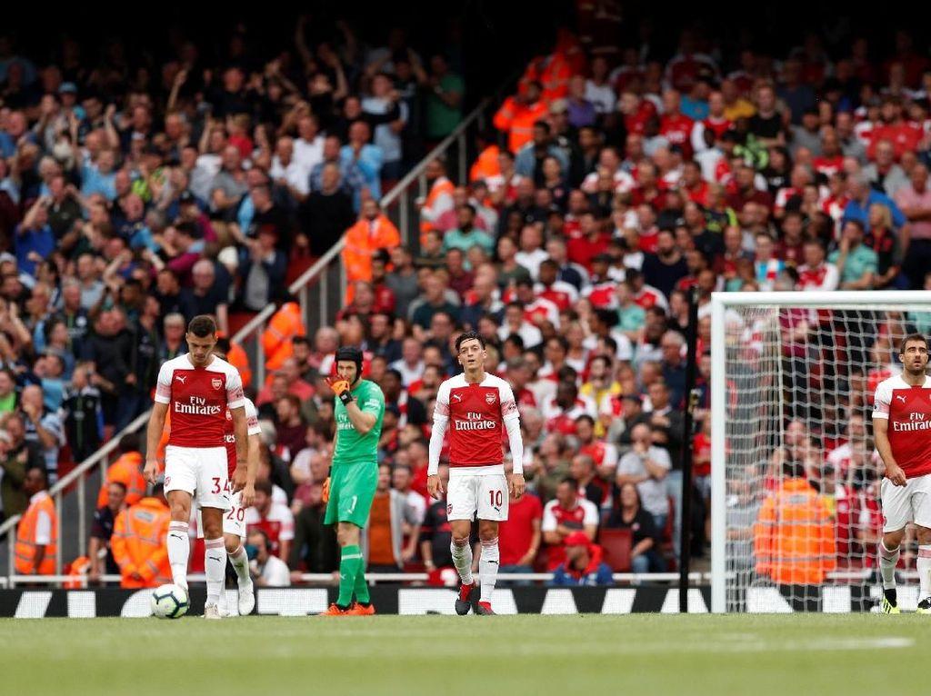 Arsenal Dikalahkan City, Emery Disebut Mainkan Taktik Bodoh