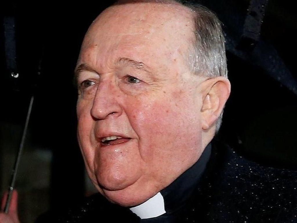 Mantan Uskup Agung Katolik Ditahan dalam Kasus Pelecehan Anak