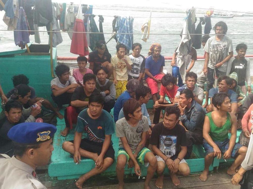 Kapal Nelayan Terbalik di Arafuru, 29 Selamat dan 1 Tewas