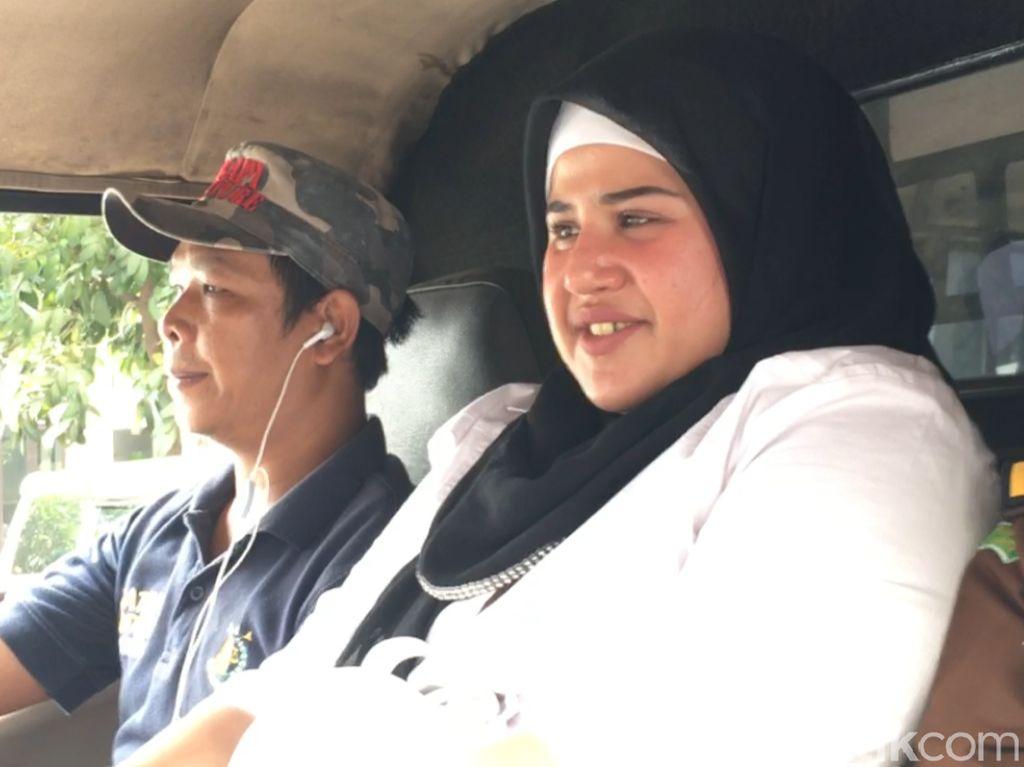 Dhawiya Divonis Hukuman 1,5 Tahun Rehabilitasi