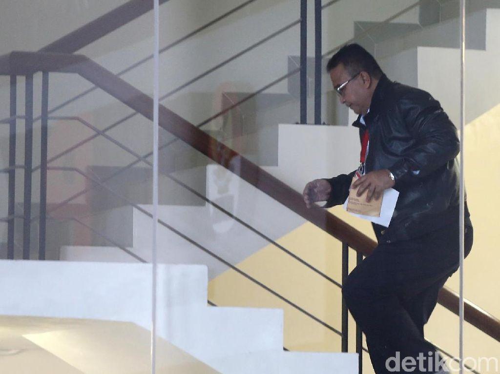 Walkot Tasikmalaya Diperiksa KPK Sebagai Saksi Kasus Mafia Anggaran