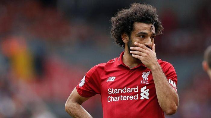 Mohamed Salah ketahuan mengemudi sambil bermain ponsel. (Foto: Carl Recine/Action Images via Reuters)