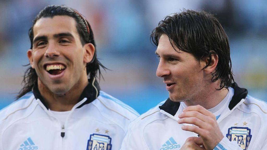 Tevez Antusias Reuni dengan Messi Saat Boca Dijamu Barcelona
