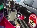 Langkah Tepat Konvoi yang Dikawal Polisi saat Terjebak Macet