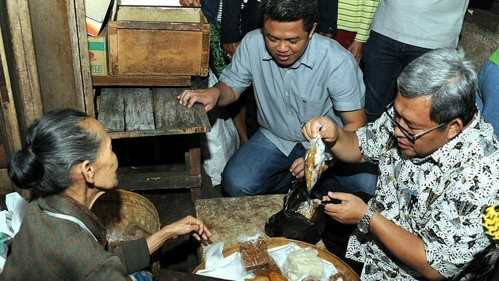 Hobi Ngopi dan Ngerujak, Ini Sosok Ahmad Heryawan yang Disebut Gantikan Sandiaga