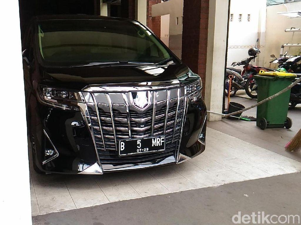 2 Mobil Maruf Amin Lebih Mahal dari Semua Koleksi Jokowi