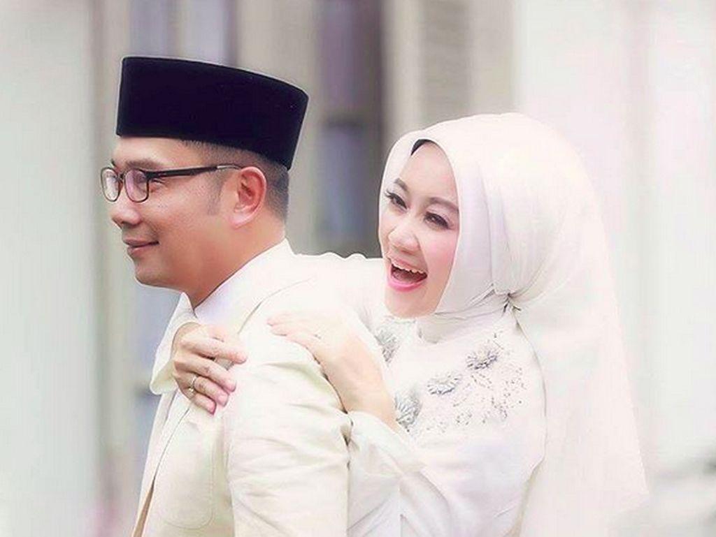 Menikah Hampir 22 Tahun, Ridwan Kamil dan Atalia Makin Mesra Deh