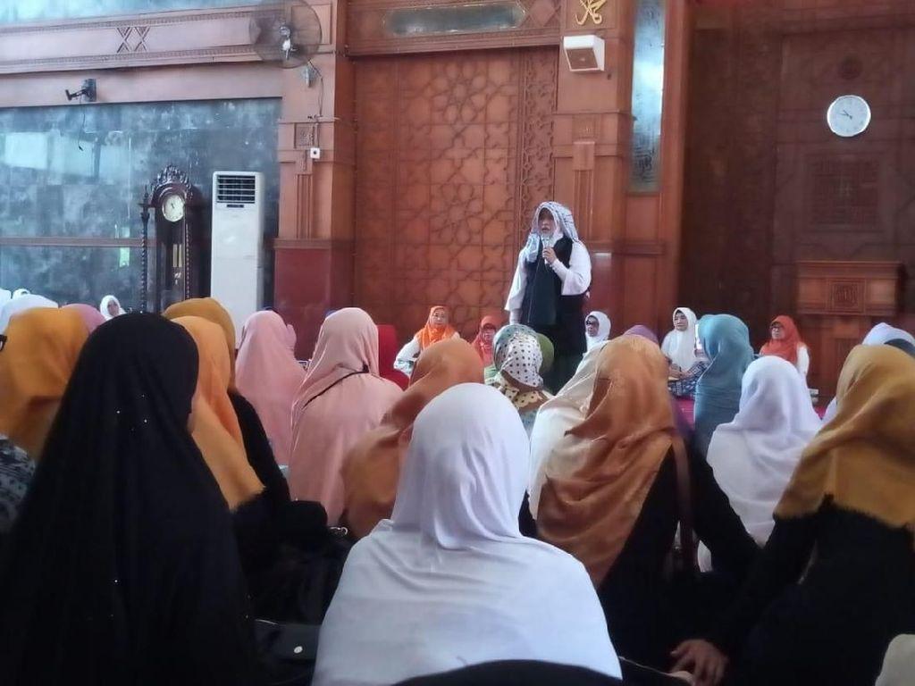 Ceramah di Balai Kota Depok, Neno: Saya Tak Boleh Bicara Politik