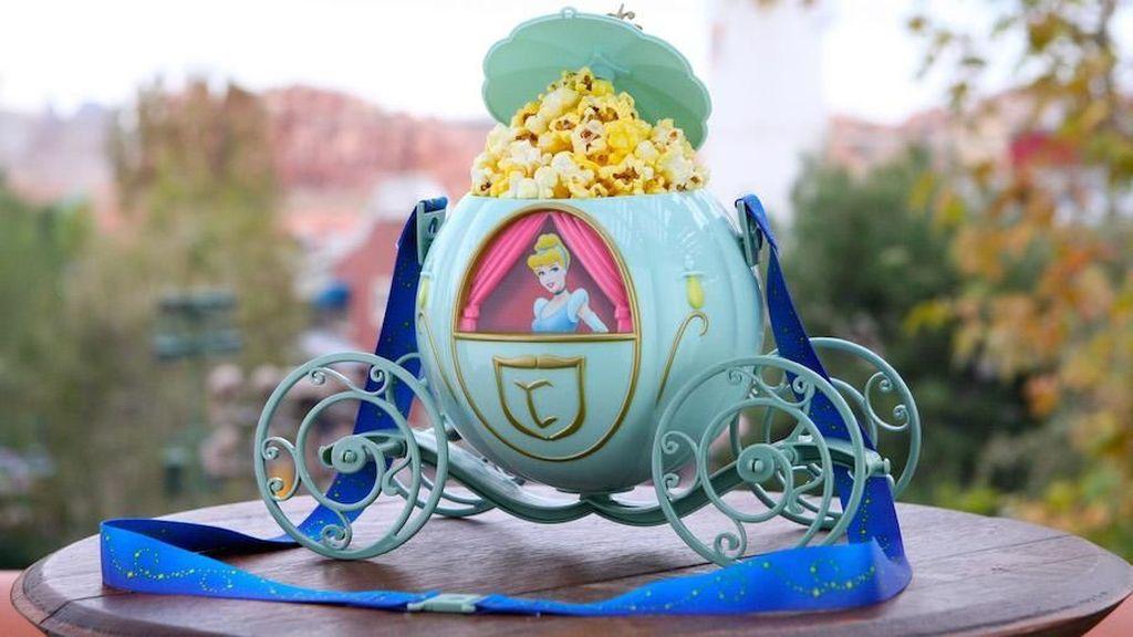 Gemas! 10 Popcorn Bucket Unik Ini Cuma Ada di Disneyland