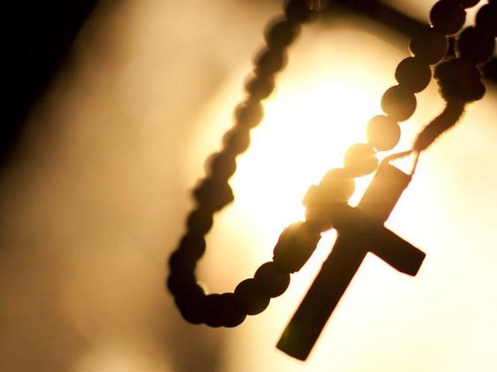 Eks Dubes Vatikan untuk Prancis Dihukum Percobaan Atas Pelecehan Seks 5 Pria