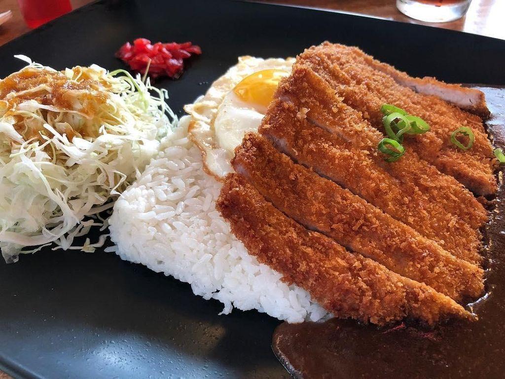 Ini Ayam Goreng Khas Jepang yang Bikin Orang Ketagihan