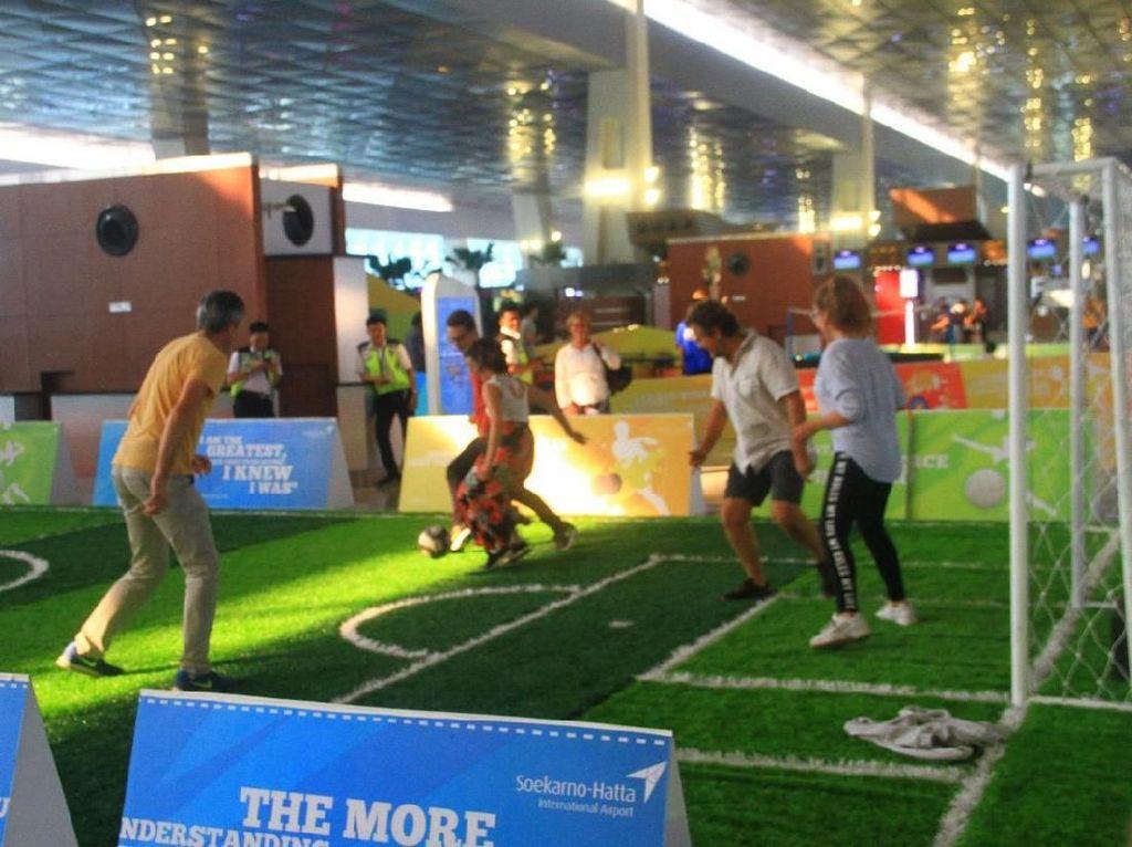 Serunya Lomba HUT RI dan Asian Games di Bandara Soekarno-Hatta