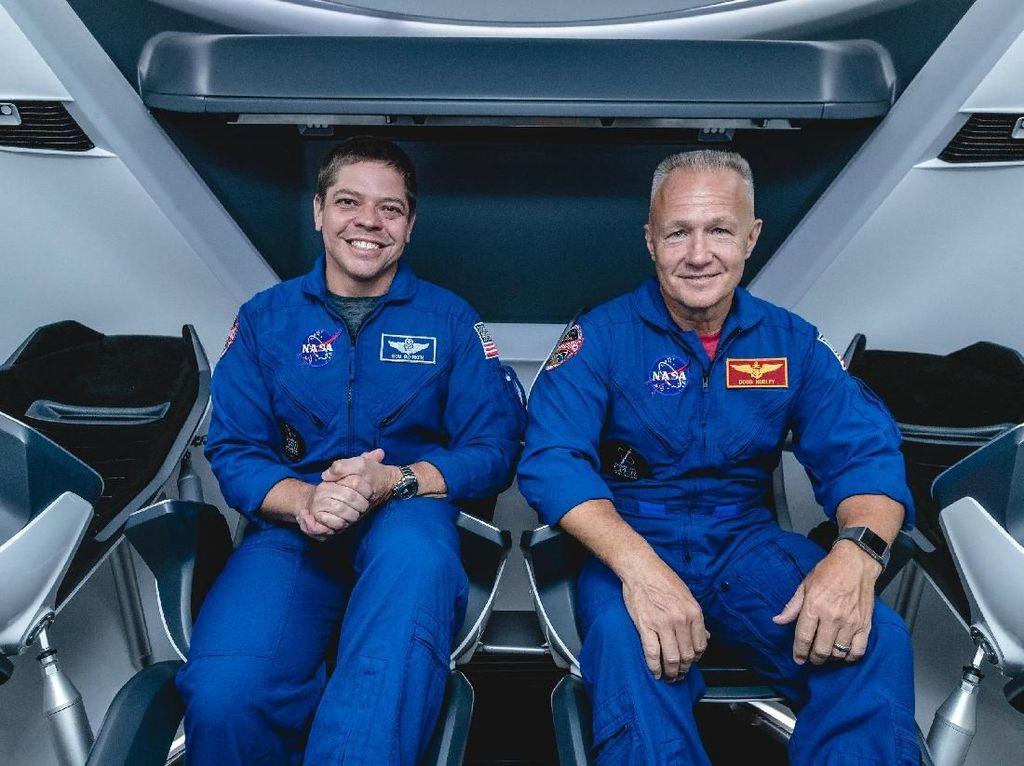 Astronot NASA Jajal Kapsul Antariksa SpaceX