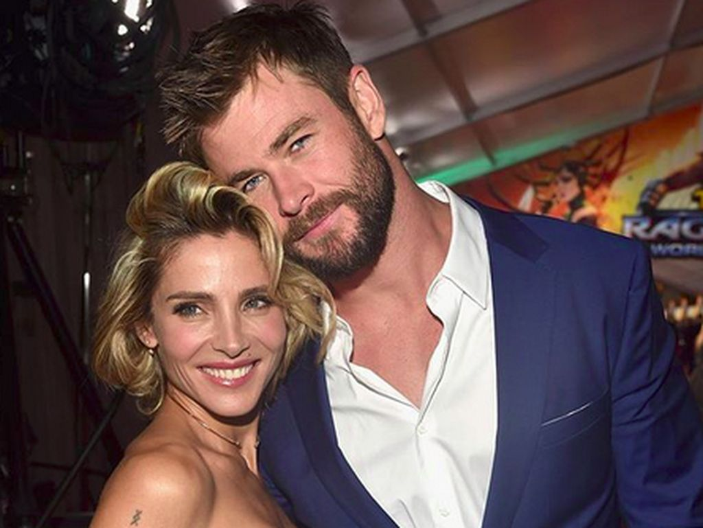 Duh! Palu Thor Chris Hemsworth Malah Dibuang Istri ke Garasi