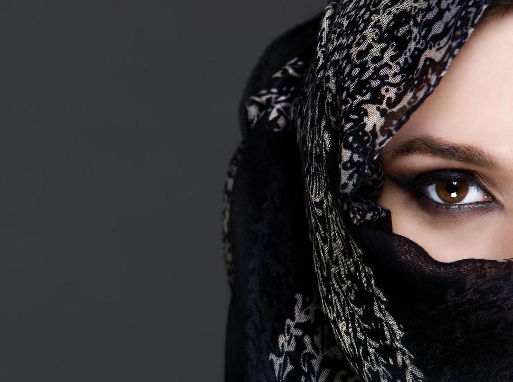 Mengapa Asiyah, Istri Firaun Dijamin Masuk Surga?