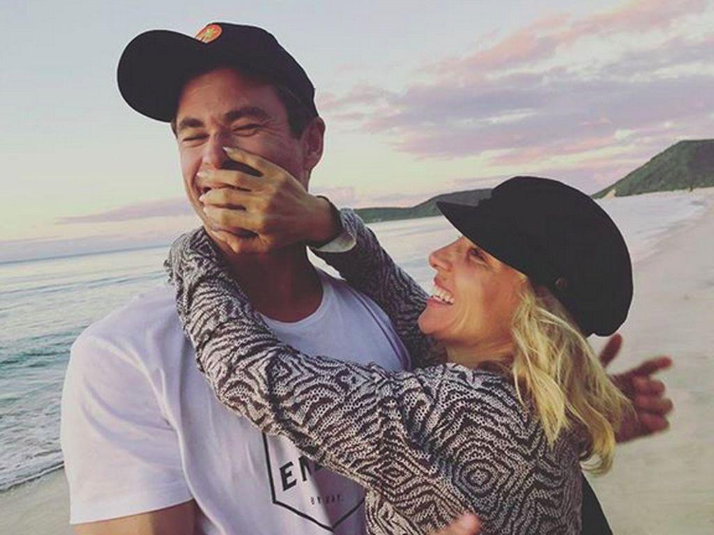 Keromantisan Chris Hemsworth dan sang Istri yang Selalu Awet