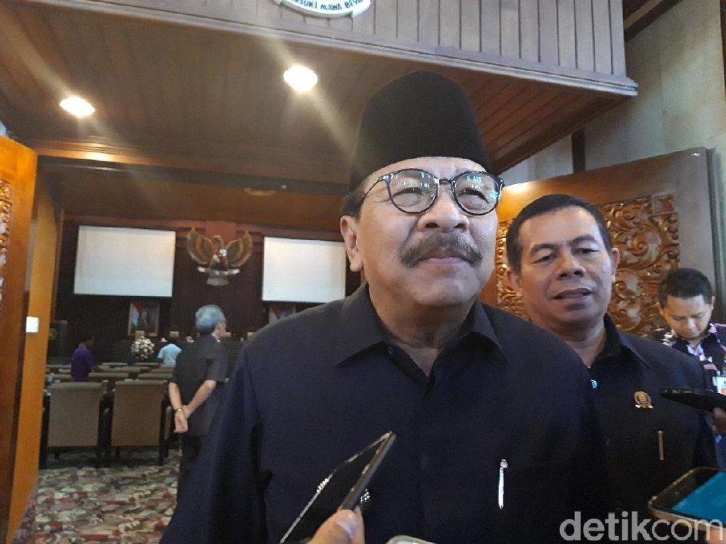 Kabar Jadi Timses Jokowi, Soekarwo: Kayak Saya Itu Penting?
