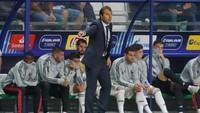 Debut Julen Lopetegui di laga resmi bersama Madrid berakhir pilu. Akanhkah Lopetegui bisa membawa El Real bersaing di jalur juara musim ini? Kita tunggu saja. (Maxim Shemetov/Reuters)